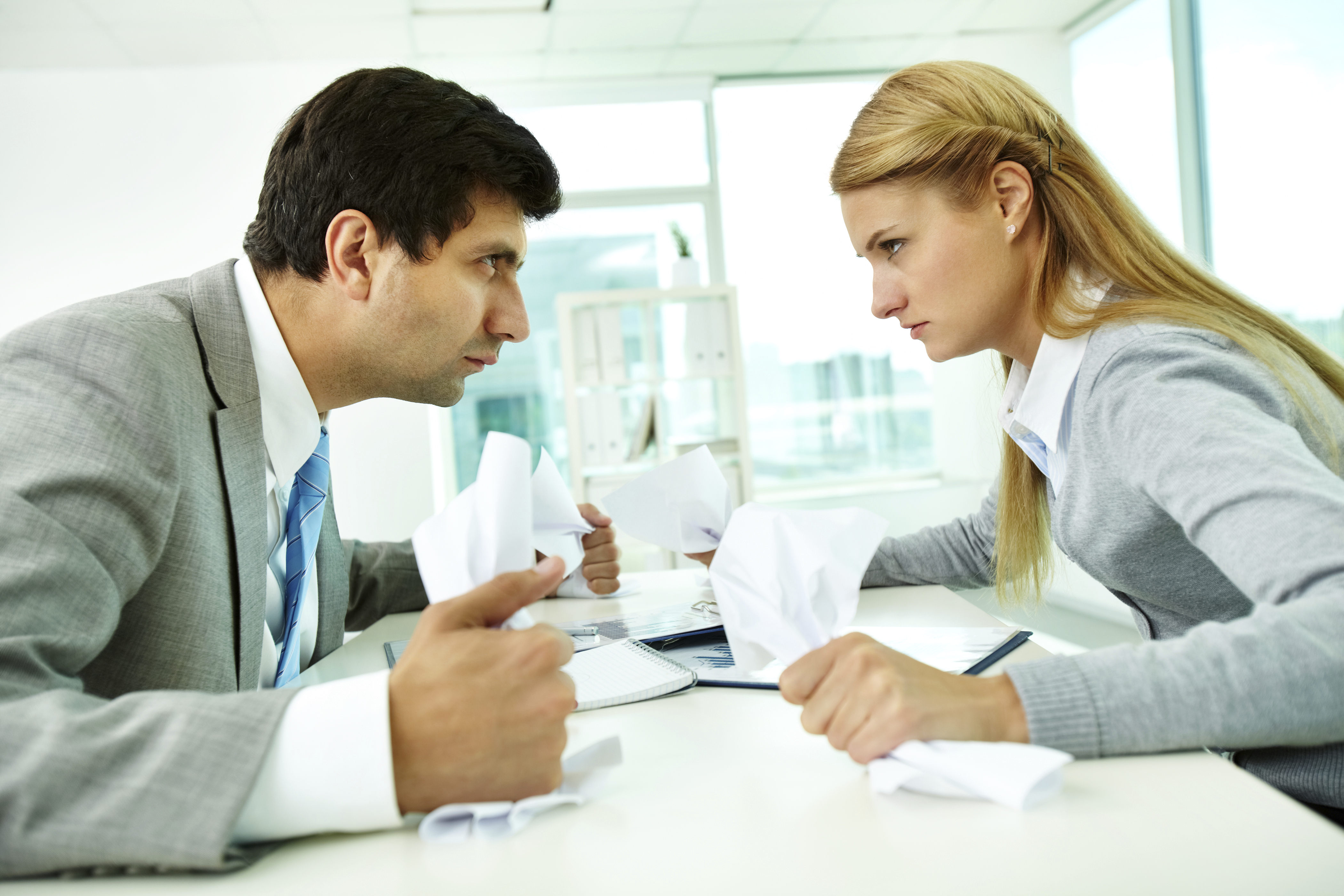 How to Resolve a Conflict at Work foto